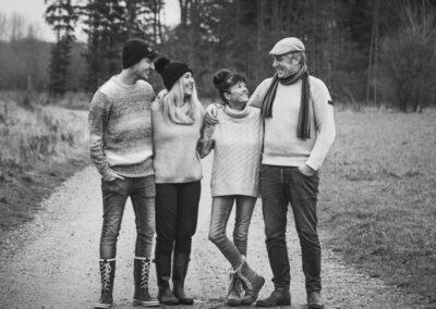 Familie på 4 fotograferet ved gyldensteen strand på Fyn